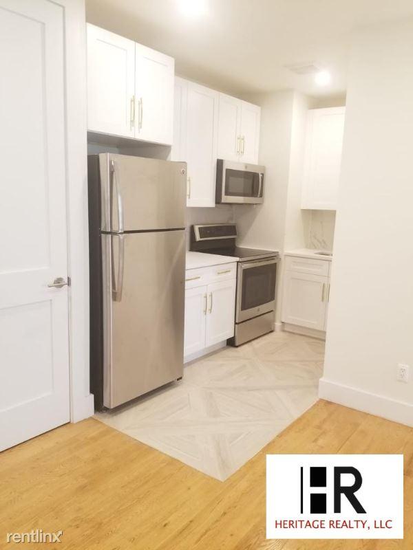 336 Fort Washington Avenue 3BB, New York, NY - $3,300 USD/ month