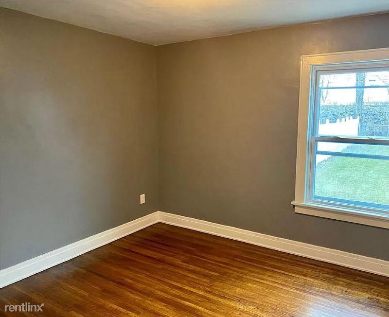 Linden Ave, Buffalo NY, Buffalo, NY - $1,200 USD/ month