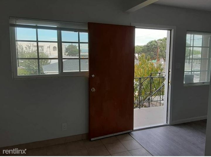 3600 w. 139th st. E, Hawthorne, CA - $1,550 USD/ month