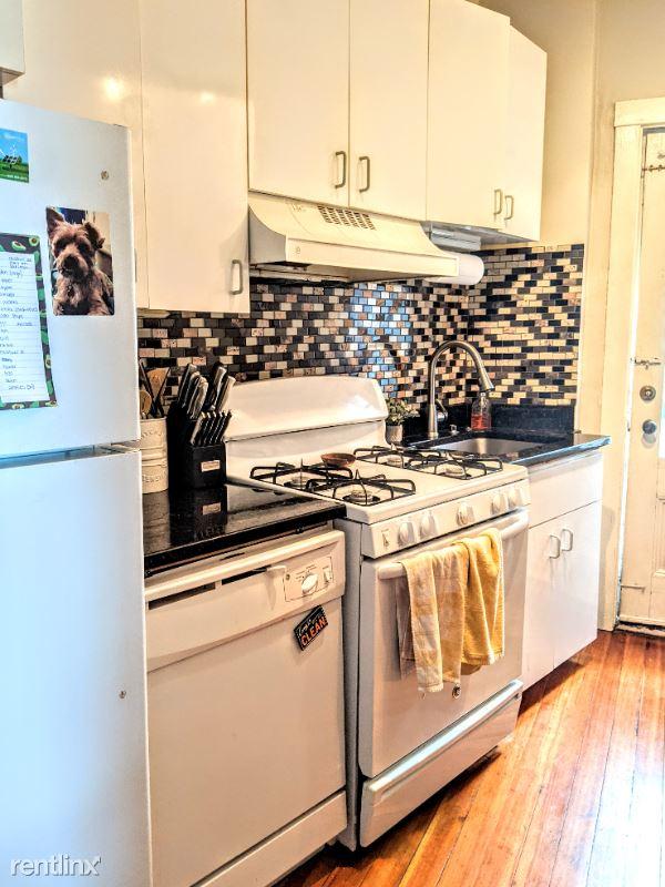 176 Winthrop Rd. 3, Brookline, MA - $2,300 USD/ month