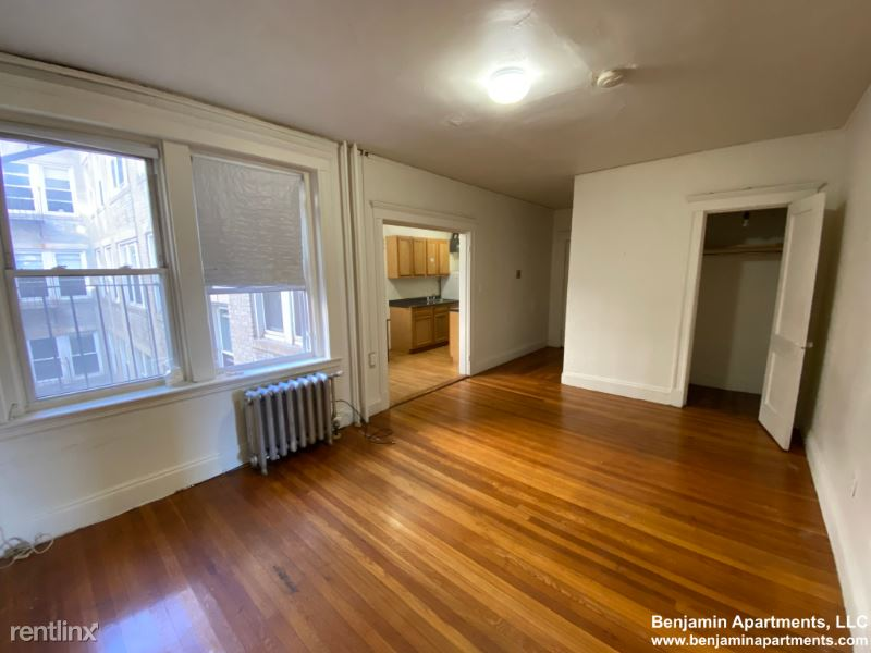 1167 Boylston St, Boston MA 19, Boston, MA - $2,150 USD/ month