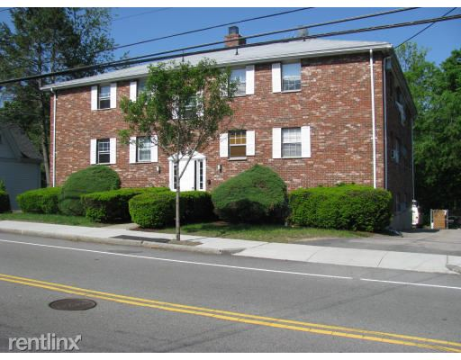 559 Willard St 3, Quincy, MA - $1,375 USD/ month