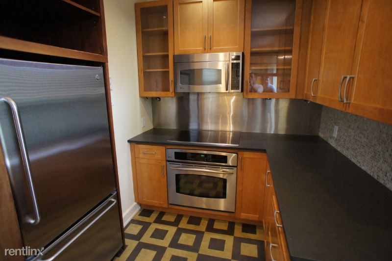 159 St Botolph St 3, Boston, MA - $3,500 USD/ month