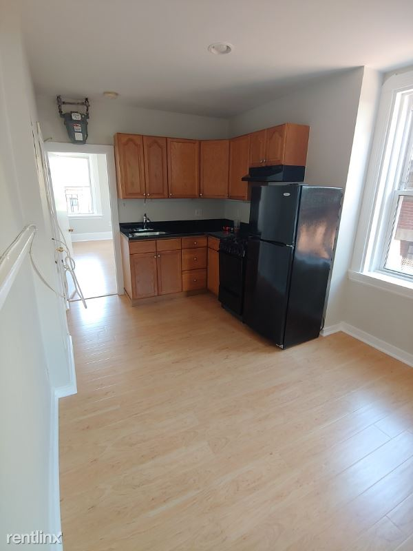 70 Joy St, Boston MA 15, Boston, MA - $2,850 USD/ month