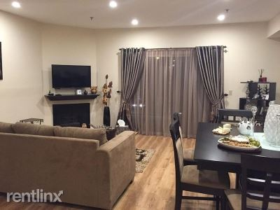 2706 Honolulu Ave 217, Montrose, CA - $2,800 USD/ month