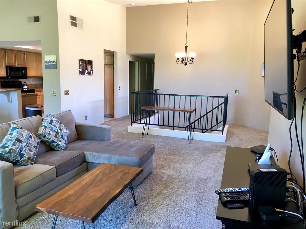 55400 Laurel Vly, La Quinta, CA - $2,400 USD/ month
