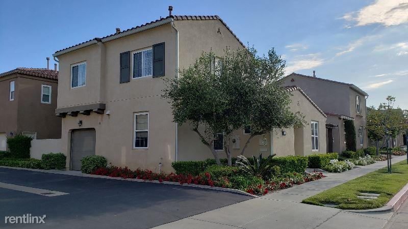 20042 Pienza Ln, Porter Ranch, CA - $3,150 USD/ month