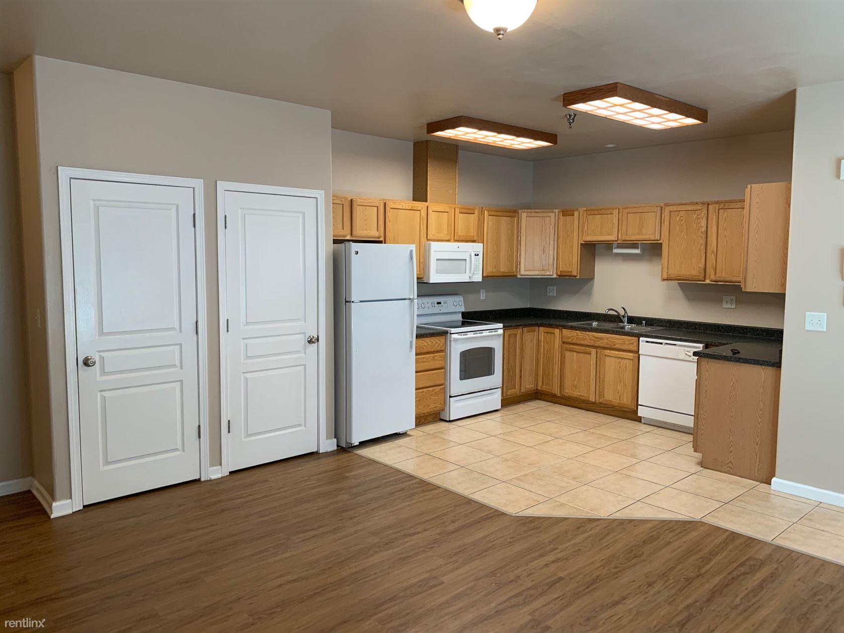 17015 Coronado Street, Anchorage, AK - $1,725 USD/ month
