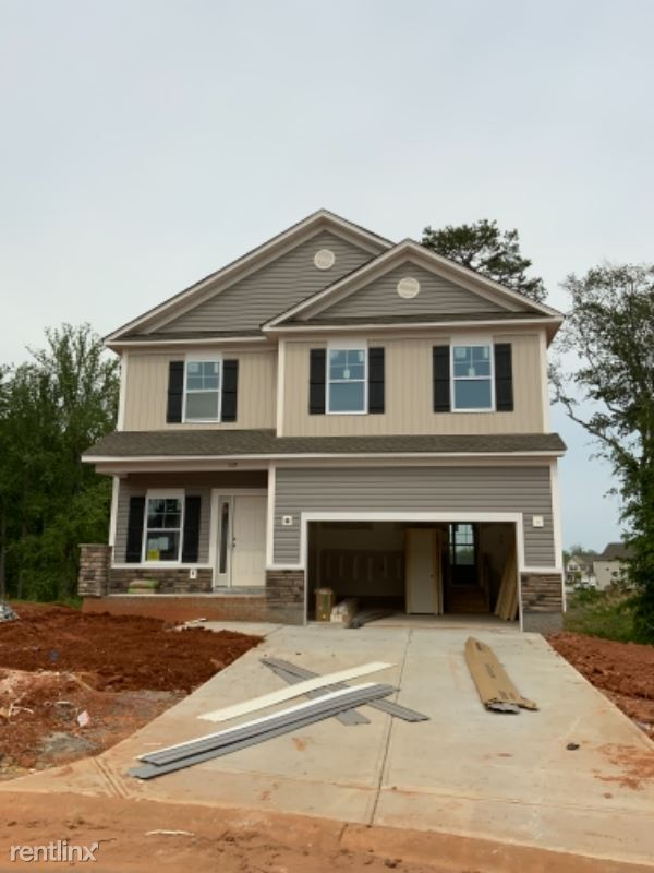5190 Torrington Dr, Duncan, SC - $2,200 USD/ month