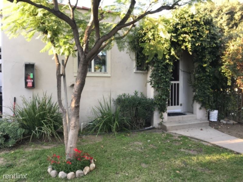 1/2 North Avenue 58, Los Angeles, CA - $1,795 USD/ month
