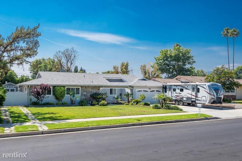 10127 Amestoy Ave, Northridge, CA - $2,500 USD/ month