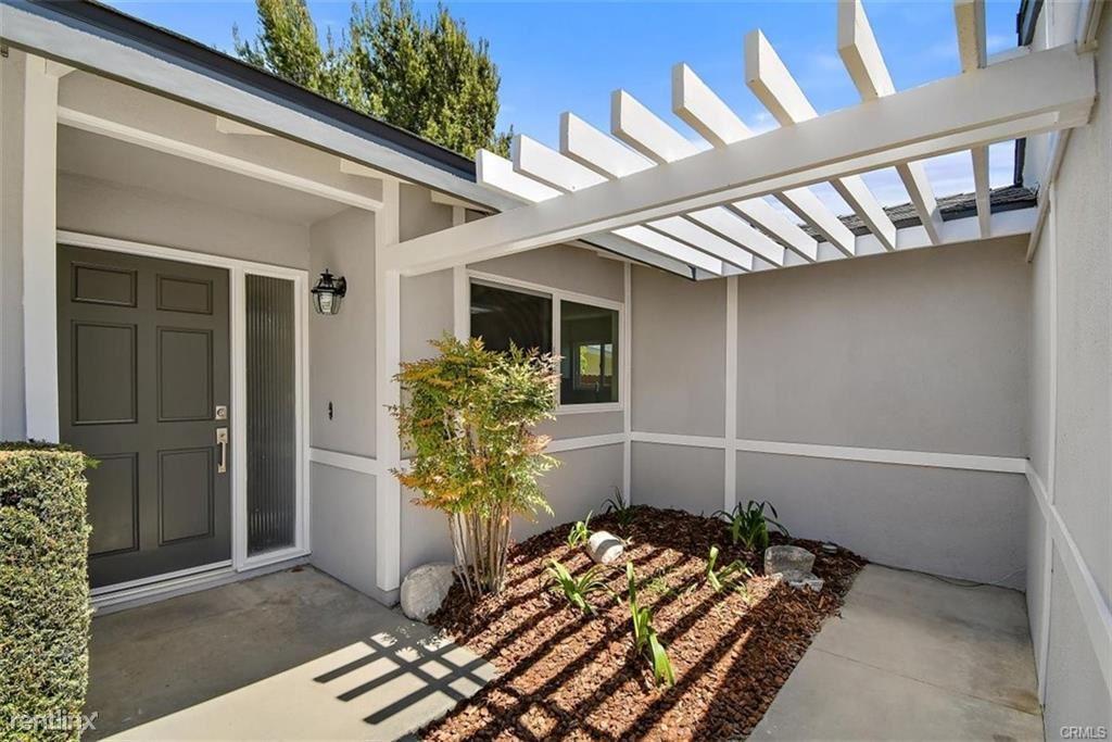 5115 Elkmont Dr, Rancho Palos Verdes, CA - $5,000 USD/ month