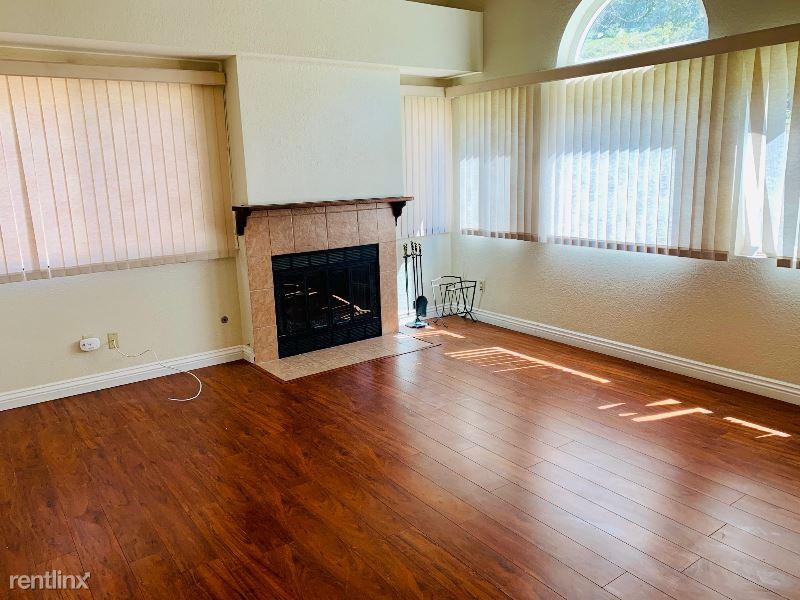 21726 Alderbrook, Mission Viejo CA, Mission Viejo, CA - $3,750 USD/ month
