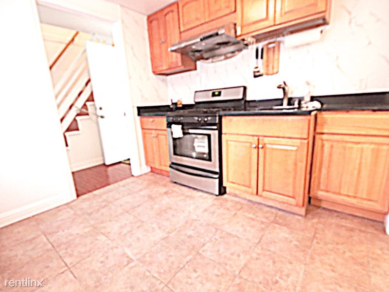 VALE STREET, Daly City, CA - $2,488 USD/ month