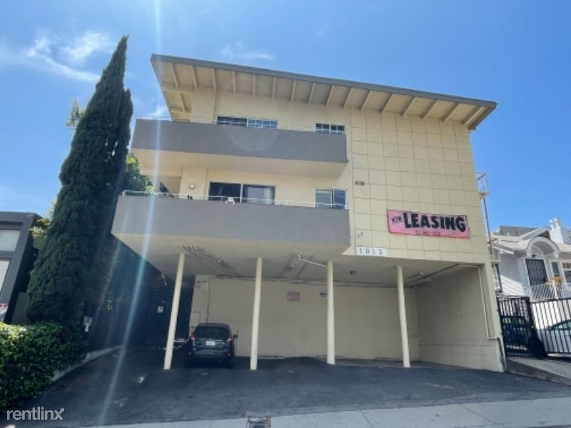 1013 N. San Vicente Blvd 2, West Hollywood, CA - $2,195 USD/ month