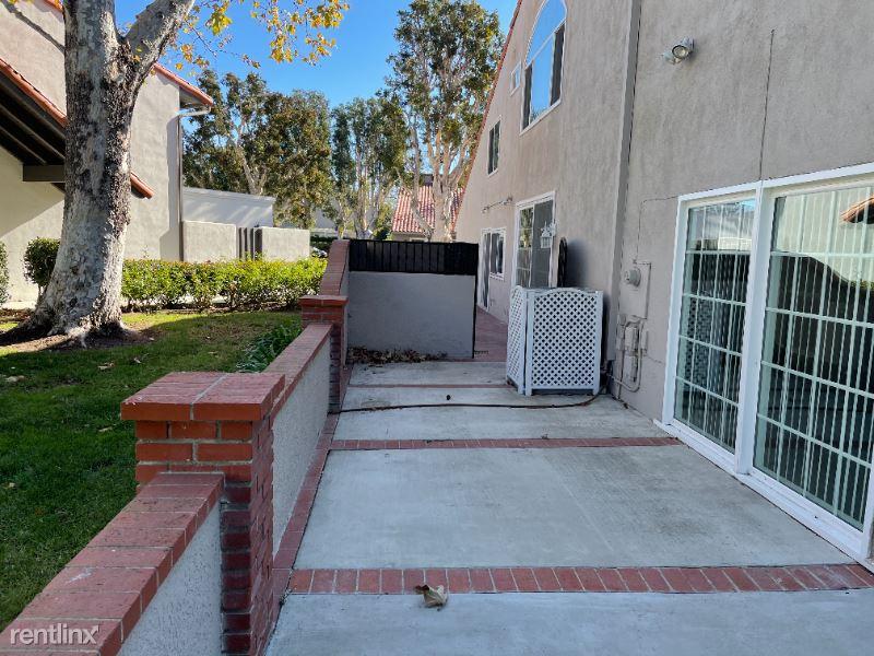 310 Vista Trucha CA, Newport Beach, CA - $5,795 USD/ month