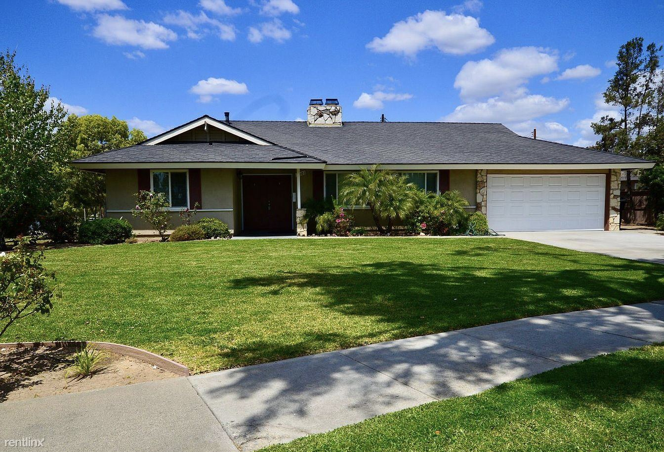 3001 Mulberry Ave, Fullerton, CA - $2,675 USD/ month