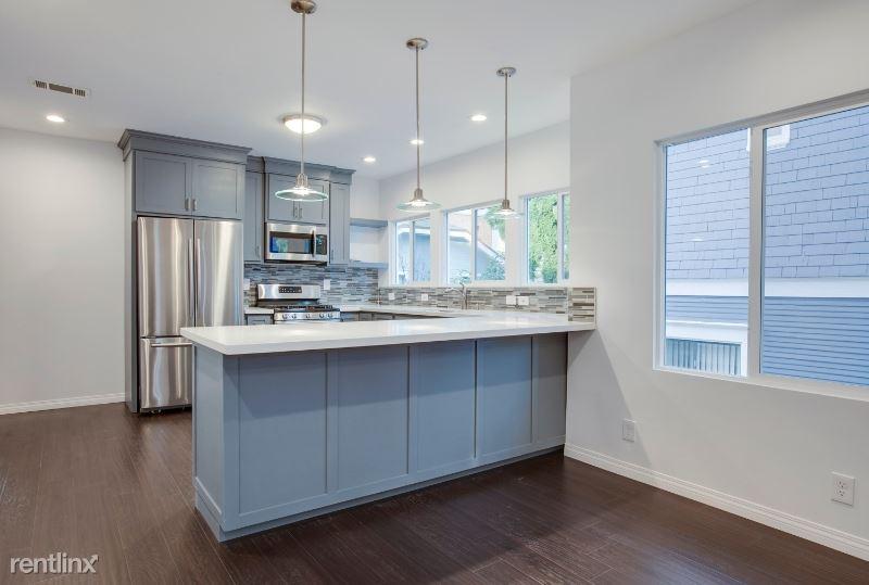 2765 W 8th Street 3, Los Angeles, CA - $2,650 USD/ month