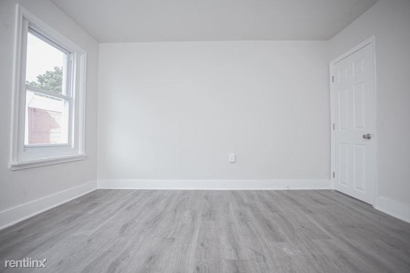 2518 N Garnet St, Philadelphia, PA - $800 USD/ month