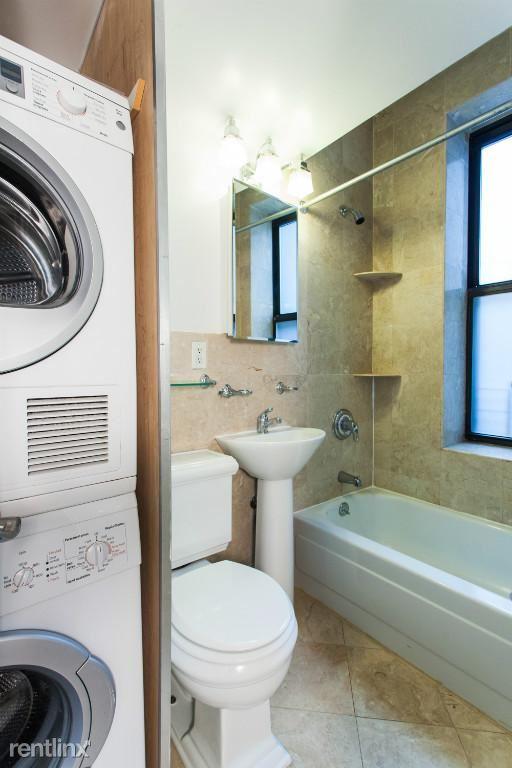 336 E 18th St b3, New York, NY - $2,770 USD/ month