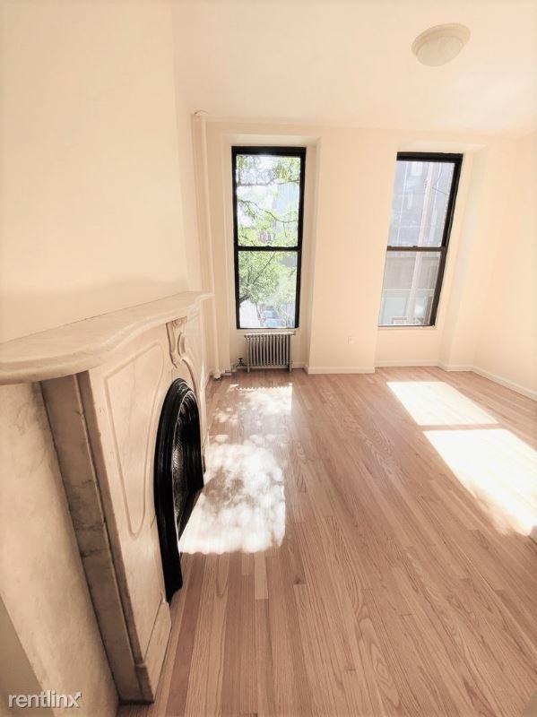 13 E 7th St 1, New York, NY - $3,500 USD/ month