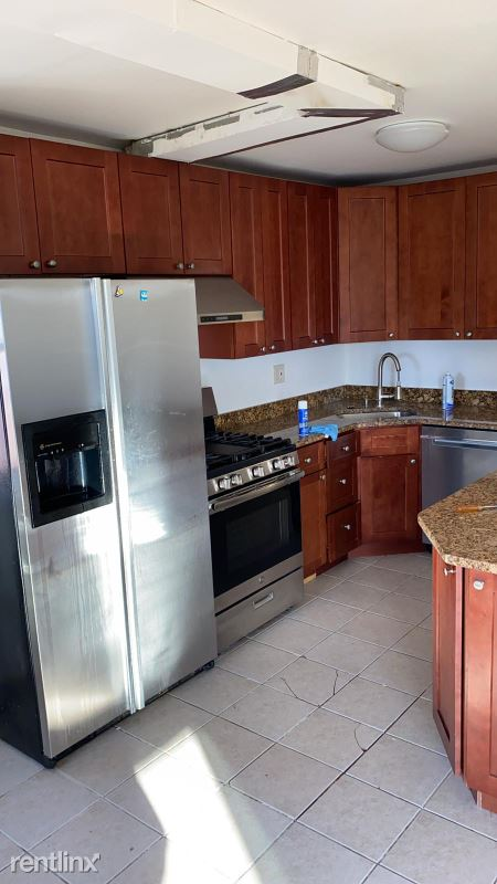 120 Bruce Ave, Yonkers, NY - $1,975 USD/ month