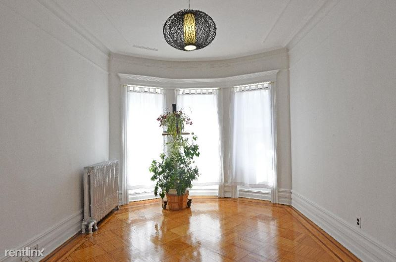 1265 Eastern Parkway, Brooklyn, NY - $3,000 USD/ month