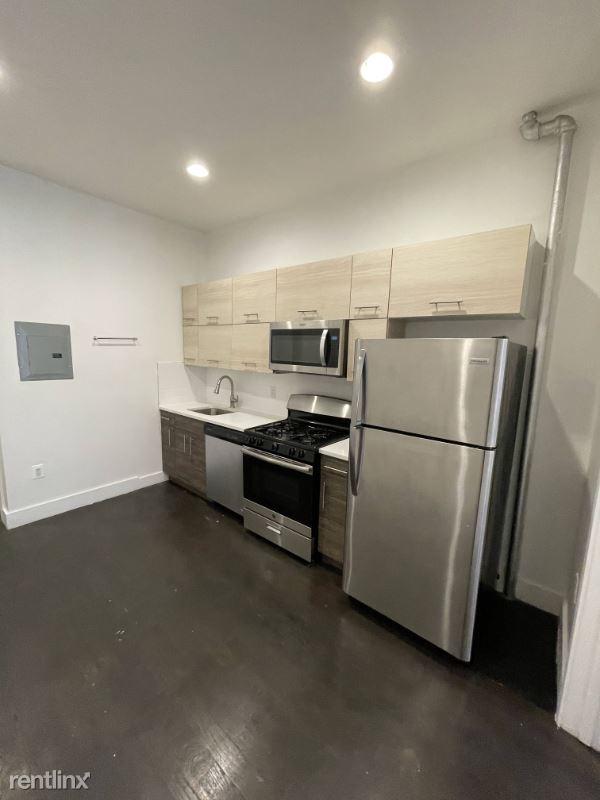 55 Brooklyn Ave, Brooklyn NY 4, Brooklyn, NY - $1,625 USD/ month