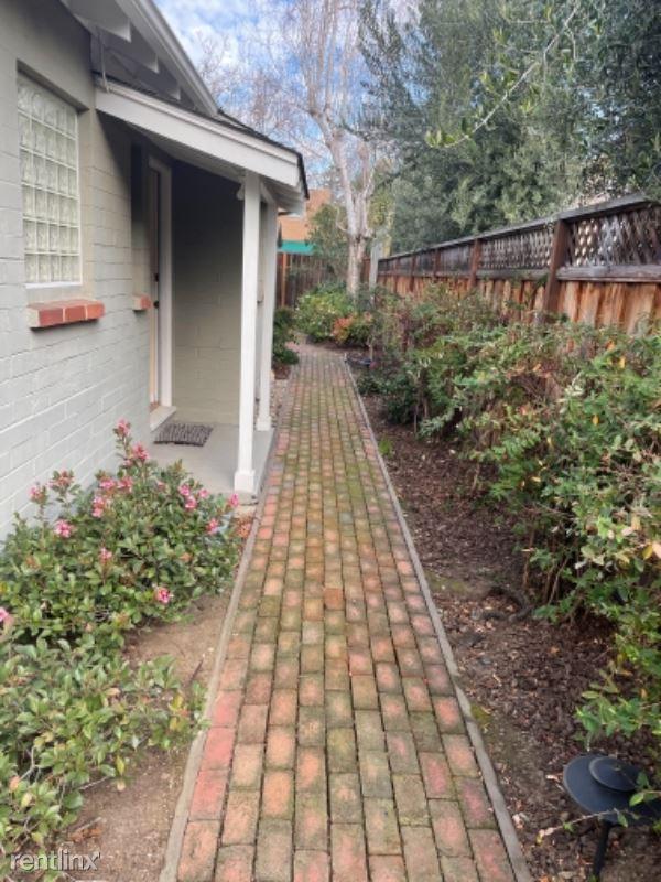 700 Kingsley Ave, Palo Alto CA, Palo Alto, CA - $4,200 USD/ month