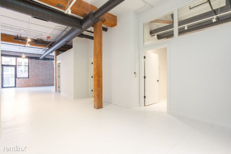 213 N Racine Ave, Chicago IL 101, Chicago, IL - $5,700 USD/ month