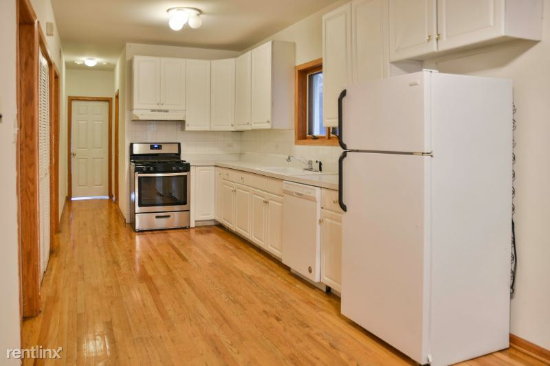916 N Paulina St, Chicago IL 2, Chicago, IL - $2,300 USD/ month