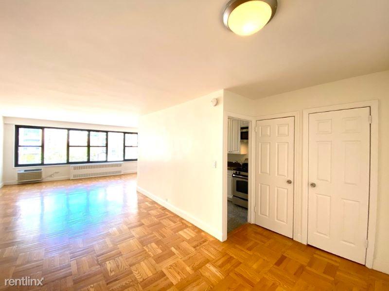145 4th Ave, New York NY 8G, New York, NY - $3,958 USD/ month