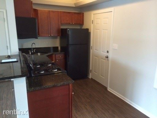 727 Thoma St, Reno, NV - $800 USD/ month
