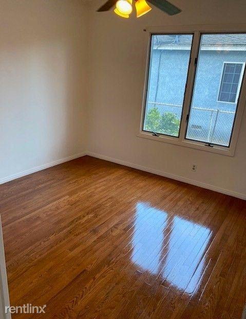 17 Sherman Ave, Glens Falls, NY - $800 USD/ month
