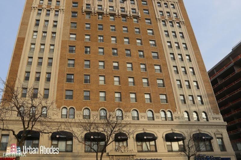 4607 N Sheridan Rd 1, Chicago, IL - $1,582 USD/ month