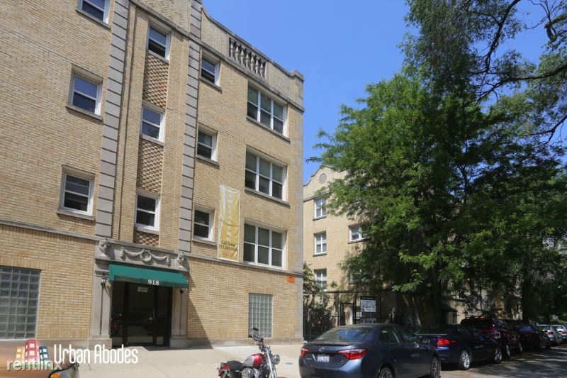918 W Dakin St 8, Chicago, IL - $1,486 USD/ month