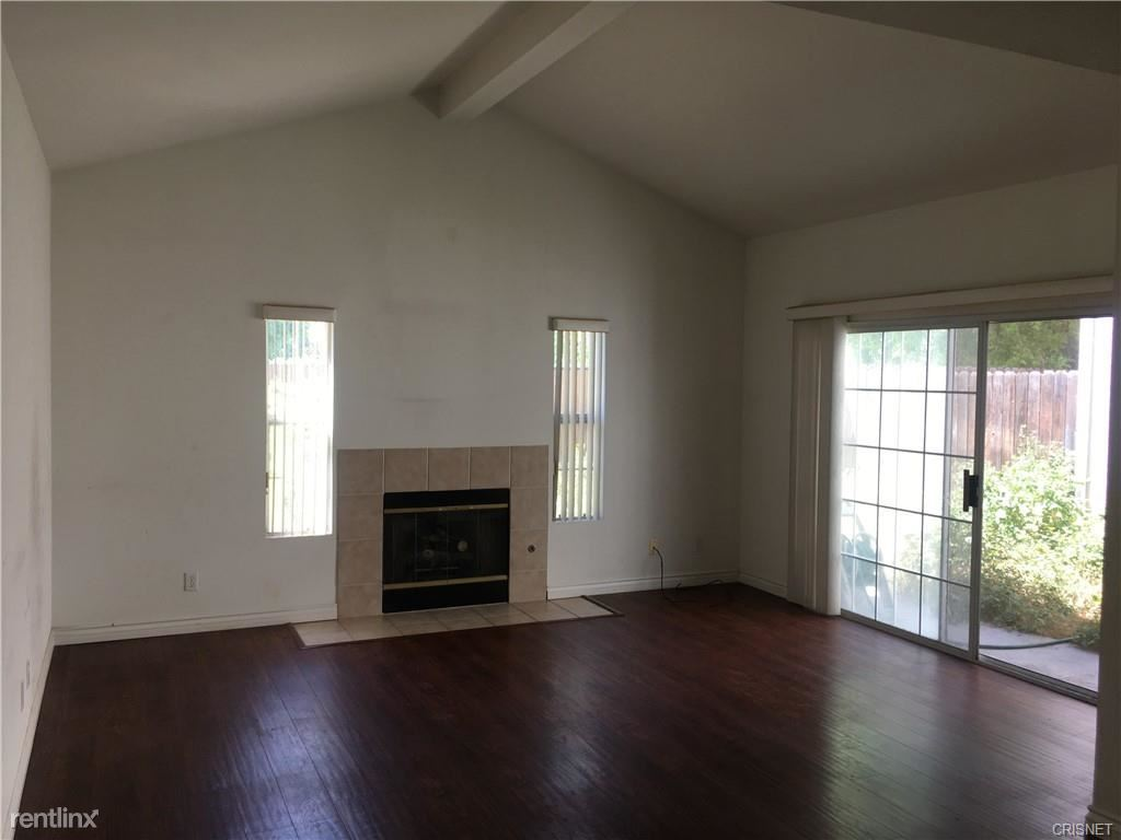 20230 Keswick St Unit 9, Winnetka, CA - $3,200 USD/ month