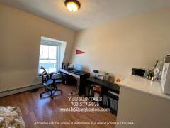 22 Suffolk St Apt 3, Cambridge, MA - $3,750 USD/ month