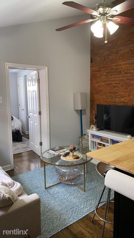 1618 Spruce St Unit 3R, Philadelphia, PA - $1,350 USD/ month