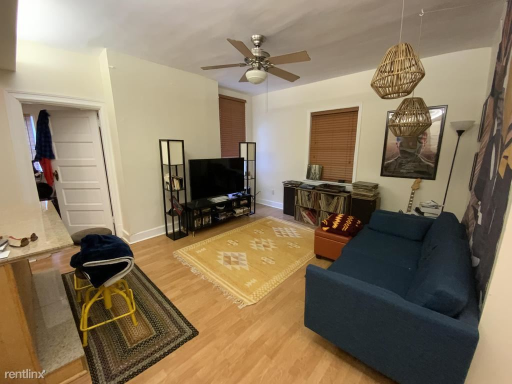 227 South Millvale Avenue 2, Pittsburgh, PA - $1,300 USD/ month