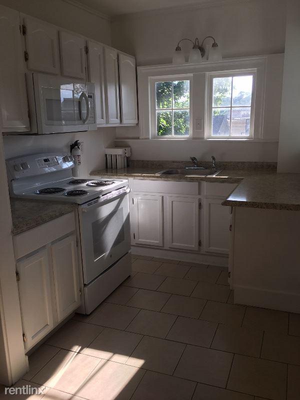 177 Broad St #B, Catskill, NY - $1,450 USD/ month