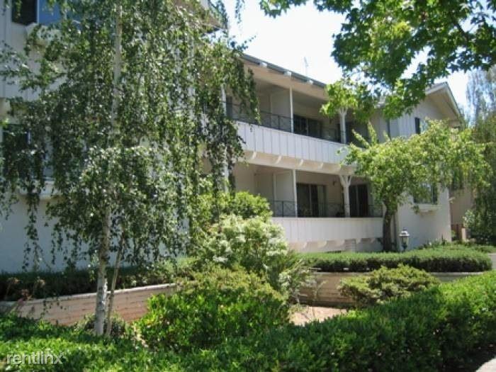 837 Cowper Street. A, Palo Alto, CA - $2,700 USD/ month