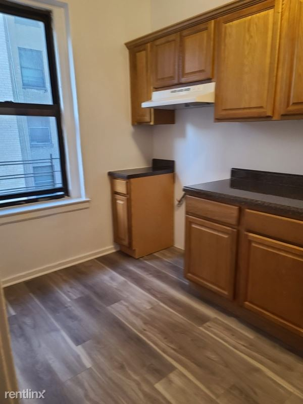 510 west 135th street 22, New York, NY - $2,250 USD/ month