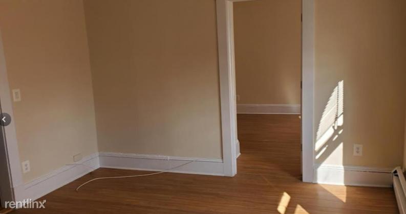 39 ELLIOT STREET 2, Mount Vernon, NY - $2,100 USD/ month