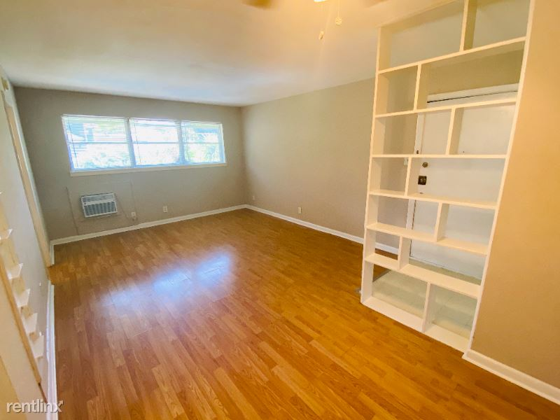 3619 Garrott 10, Houston, TX - $795 USD/ month