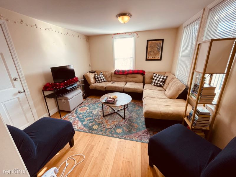 103 Orleans St. 2, Boston, MA - $2,400 USD/ month