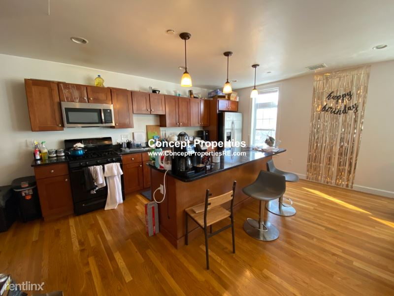 55 Circuit st. 59, Boston, MA - $6,900 USD/ month