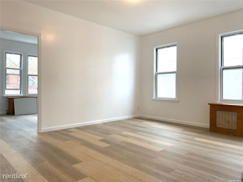 3713 59th st 2A, Woodside, NY - $2,800 USD/ month