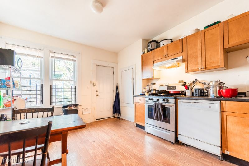 48 Green St. 3, Boston, MA - $3,000 USD/ month