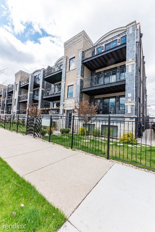 3914 S King Dr, Chicago IL 2S, Chicago, IL - $3,000 USD/ month